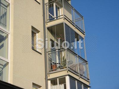 Balkonu stiklinimas aliuminio profiliais
