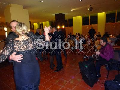 Saksofono melodijos ir klausymui ir šokiui