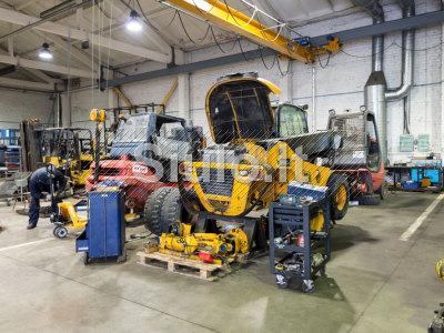 Krautuvų variklių remontas Šiauliuose