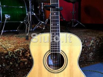 Nuomoju gitarą