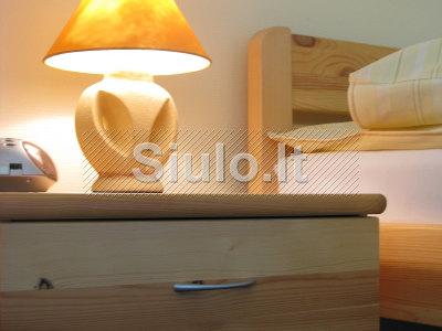 Nedidelis viešbutis siūlo kambarinės darbą 0. 75 etato