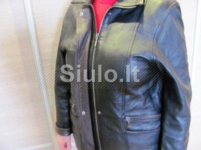 Suomiška odinė demisezoninė moteriška striukė